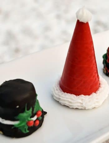 I just completed these super easy custom ice cream cone Santa hats (and snowman hats, and Christmas trees!) and thought I should share how I made them!